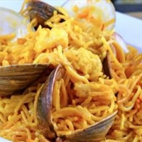 Fideos with Clams and Saffron