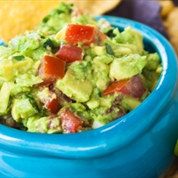 Fresh and Chunky Guacamole