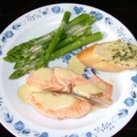 Fried Salmon & Cold Asparagus with Mustard Mayonnaise
