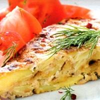 Frittata met gekookte zalm en dille
