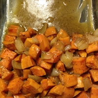 Garlic Roasted Sweet Potatoes
