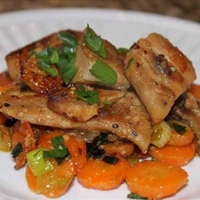 Gingered Carrots with Mahi Mahi ( by Sarah Fragoso )
