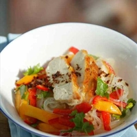 Glass Noodle Salad with Mango and Chicken Breast