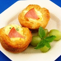 Ham Quiche Biscuit Cups