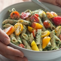 Heirloom Tomato and Creamy Pesto Pasta