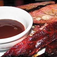 Hound's Barbecue Spare Ribs