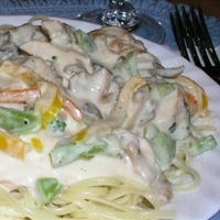 Hunters Chicken Alfredo