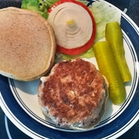 Kalamata-Feta Turkey Burgers