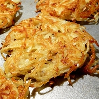 Kartoffel Latkes (Potato Pancakes)