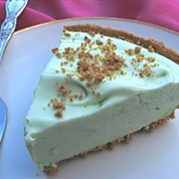 Key Lime Pie (Weight Watchers) 3 pts per slice