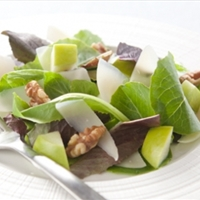 Le Gruyere Salad with Apples and Cider Vinaigrette