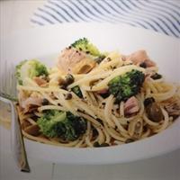 Lemon Spaghetti with Tuna and Broccoli