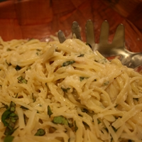 Linguine with Two-Cheese Sauce