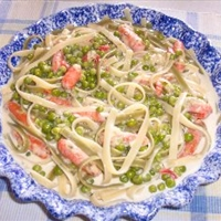 Low-Fat Fettucini Alfredo with Vegetables