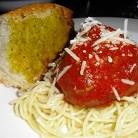 Mia's tasty spaghetti & turkey meatballs