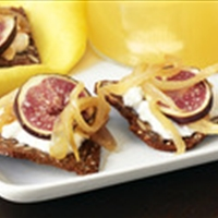 Mustard-Onion Jam Crackers With Figs