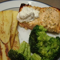 Nautico's Baked/Broiled Salmon with Dill Sauce