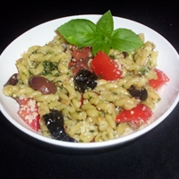 Pasta with Olives and Tomatoes