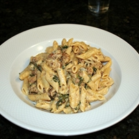 Pasta with Spinach, Sausage, and Roquefort Cream Sauce