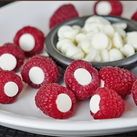 Raspberries with chocolate inside them, easy, quick party desert idea!