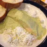 Salmon in Green Chili Cream Sauce