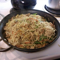 Sesame Pork Lo Mein
