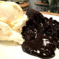 Slow Cooker Chocolate Molten Lava Cake