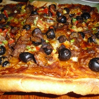 Southwest Beef and Chile Pizza