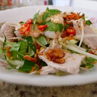 (SS) Green papaya salad with prawns and pork