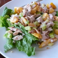 Steve's Chicken Peach Salad