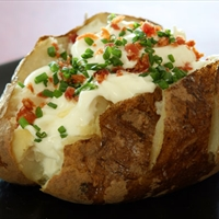 Stuffed Baked Potatoes with Bacon