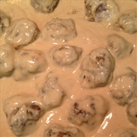 Swedish Meatballs in Sour Cream Sauce