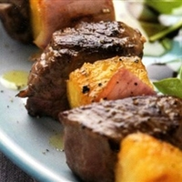 Teriyaki Steak and Pineapple Skewers