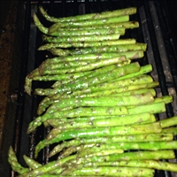 Thyme-Marinated Grilled Asparagus
