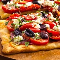 Tomato Basil Pesto Pizza