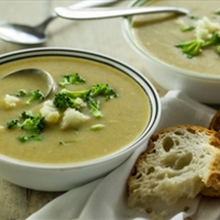 Vegan Creamy Broccoli Cauliflower Soup