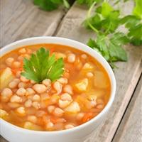 Vegan White Bean and Vegetable Soup