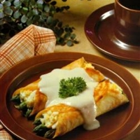 Veggie - Asparagus Crepes with Mornay Sauce