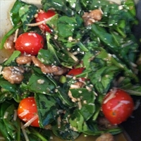 Warm Shrimp and Spinach Salad with Balsamic Vinaigrette