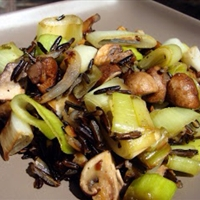 Wild Rice with Leeks Amd Mushrooms