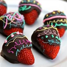 Amaretto Cream Cheese Chocolate Strawberries