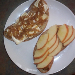 Apple, Brie and Caramelized Onion Panini