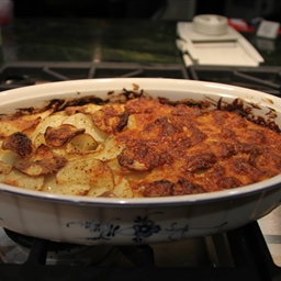 Artichoke, Leek, Potato and Cheese Casserole