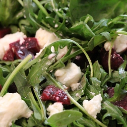 Beetroot, Rocket & Goats Cheese Salad