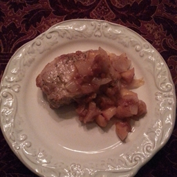 Boneless Pork Chops with Apple Chutney