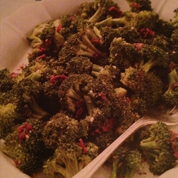 Broccoli & Sun-Dried Tomato Salad