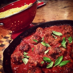 Browns Spaghetti Meatballs