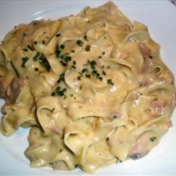 Cheesy Tuna and Noodles