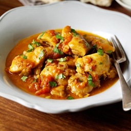 Indian Chicken Curry with Mushrooms and Pepper