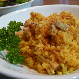 Chicken & Saffron Yellow Rice